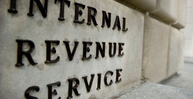 IRS, il fisco americano ha messo in crisi gli investitori crypto