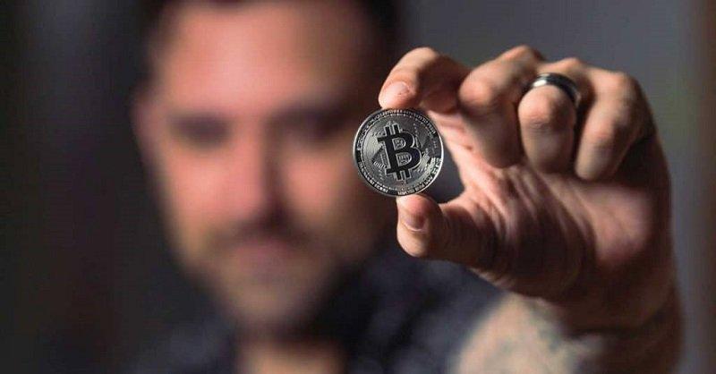 investire bitcoin comprare reale