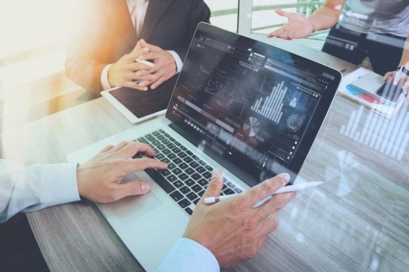 Che cos'è e come funziona il Social Trading?