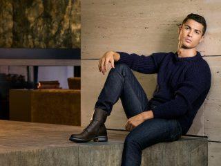Cristiano Ronaldo. Stella del Calcio e Star di Instagram