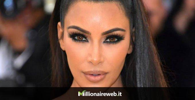 Kim Kardashian:bagno in oro zecchino $90.000