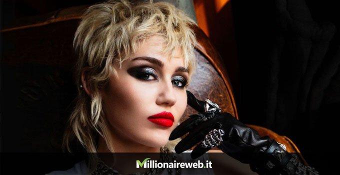 Miley Cyrus: Range Rover Sport per i suoi cani $325.000