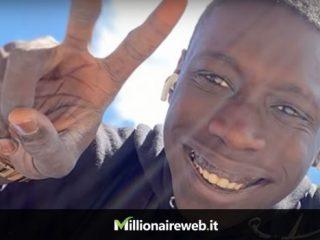 Khaby Lame, l'italiano più seguito su TikTok e su Instagram supera Chiara Ferragni